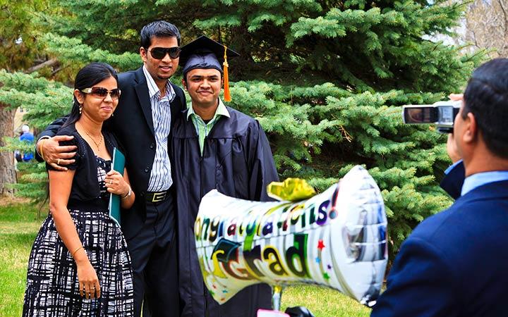 Alumni Pride - Graduation